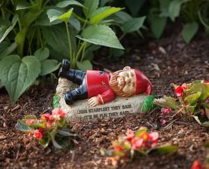 hujt_trek_garden_gnomes_inuse
